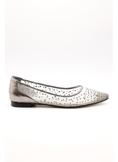La scada Mr5357 Beyaz Kadın Babet Ayakkabı Gümüş